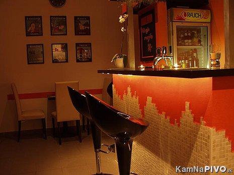 podsvieteny bar