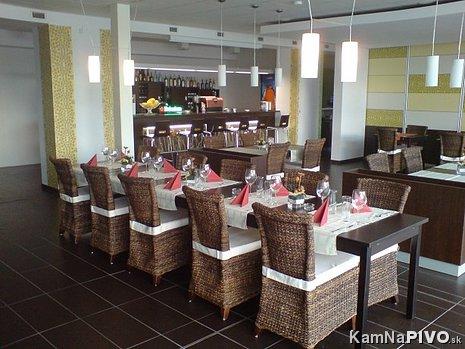 Reštaurácia s barom