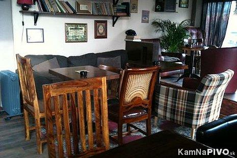 La Putika Cafe & Bistro