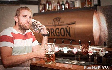 Pivečko Corgoň z tanku