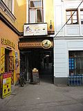 Laverna bar