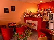 Mamon bar